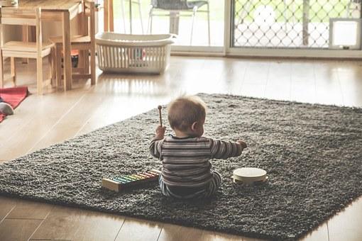 【失敗談】小さな子供がいるときの家具選びで気をつける意外なポイント