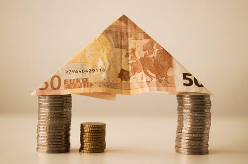 住宅ローンはいくらまで借りられる?と考えて家を購入するのはキケン!