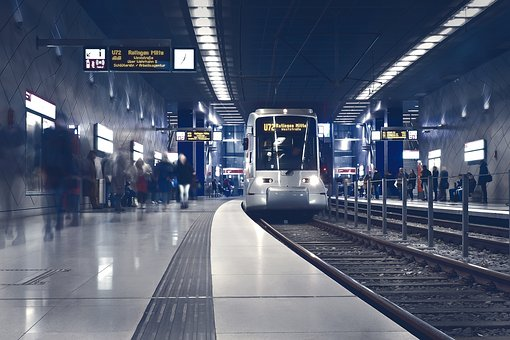 名古屋から大阪の新幹線の往復料金で1番安いのは?